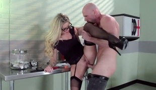 Johnny Sins can not resist wicked Jessa Rhodess acttraction and bangs her like eager