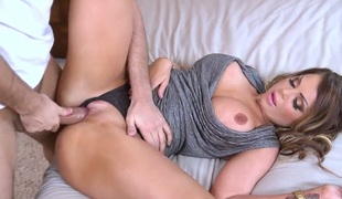 Hardcore sex with perfect MILF Nikki Nine