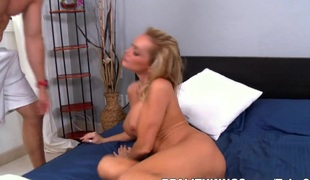MilfHunter - High arch