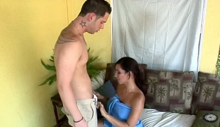 Brunette hair Isis Love with bubbly ass is on fire in handjob action