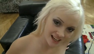 Dolly Spice can't live without the way Rocco Siffredi moves his love torpedo back and forth inside her mouth