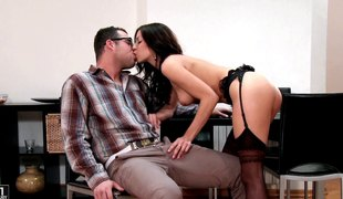 Horny office supervisor tempted her boss and that babe got pounded in positions