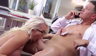 Sex in the hospital by doctor and fresh horny nurse is amazing