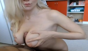 amatør naturlige pupper blonde hardcore titjob