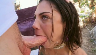 Brunette Bonnie Rotten with big bottom gets her vagina stretched by hard tool
