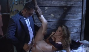 Kayla Paige kills time blowing men stiff worm
