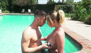 Chubby wench Brooke Wylde banged hard after swimming in the pool