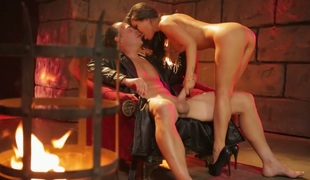 Provocative Asian bombshell Asa Akira fucked in the dungeon