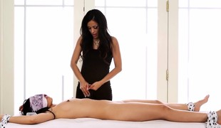 Asian babe receives massage
