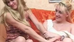 tenåring lesbisk moden gammel og ung