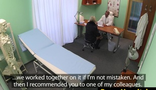 European non-professional engulfing doctor before sex