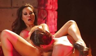 Asa Akira acquires her sexy lips round a big lengthy dick