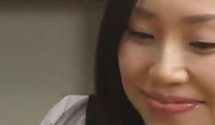 Giantess asian girl give cook jerking and blowjob (bizarre)