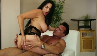 Missy Martinez with juicy breasts is a bitch that wants to suck and gives head to Marco Banderas