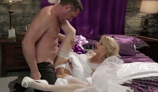 Jessica drake lets man bang her pleasing mouth