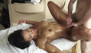 Girl gets a sex massage